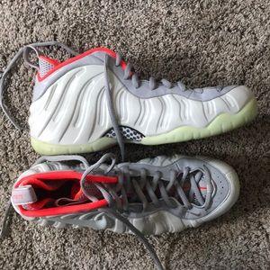 Nike Foamposite Pure Platinum (Yeezy)